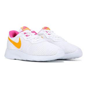 Tanjun Sneakers1